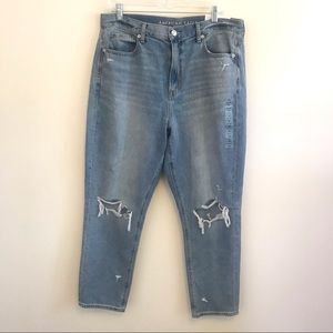 American Eagle Mom Jeans Distressed Blue 14 NWT